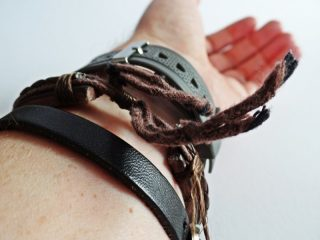 Cool læderarmbånd