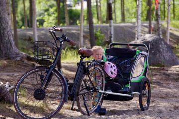 Tag nemt dine børn med på cykelferie med en smart cykelanhænger