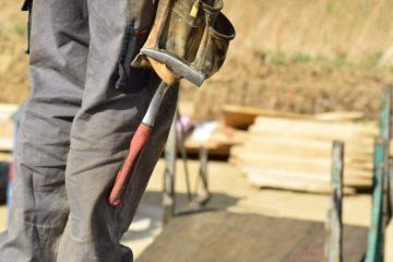 Find nemt de rigtige håndværkere til at stå for renoveringen af dit hus