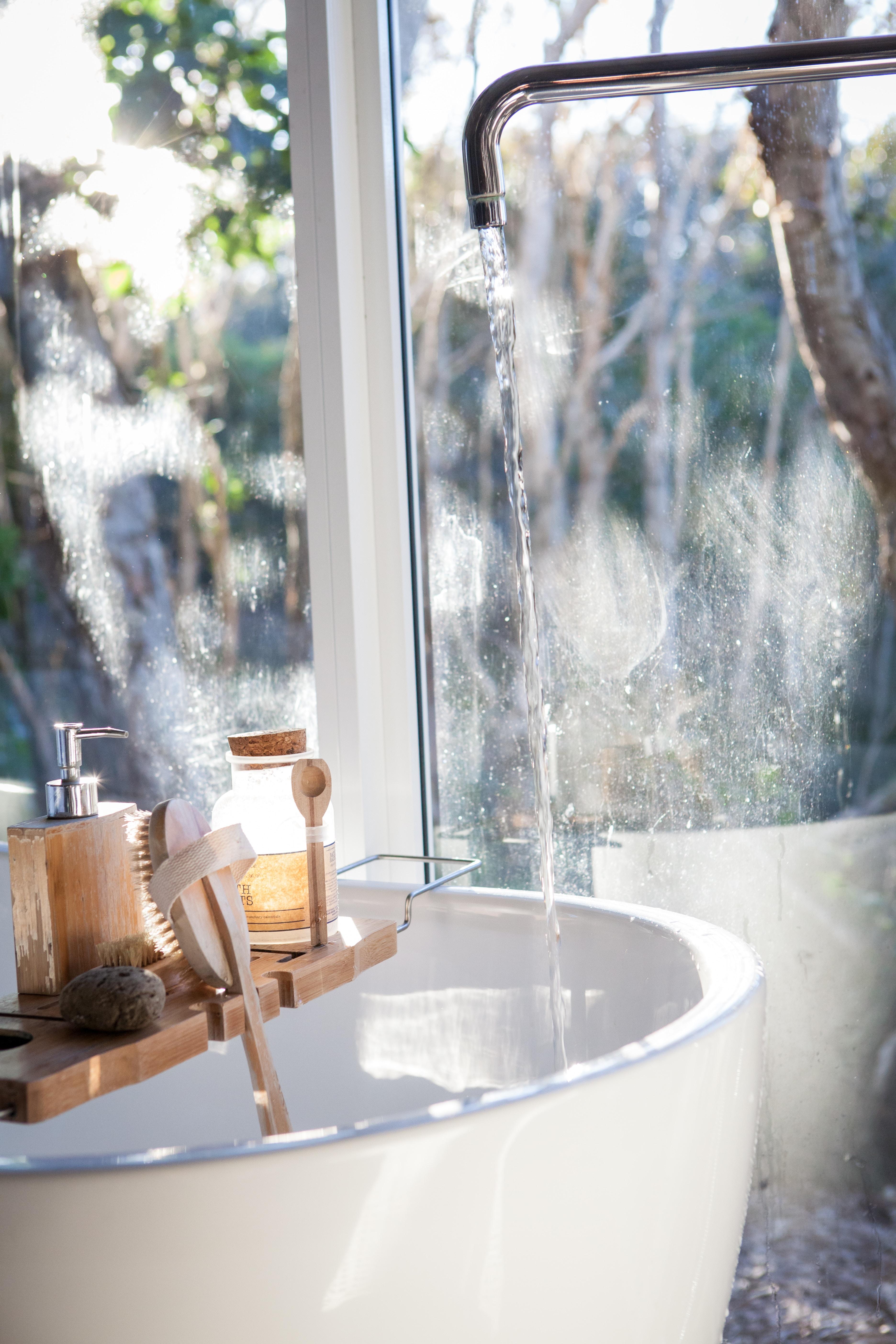 Seks forfriskende Ideer til nye baderumsmøbler