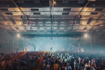 Scenepodier danner rammen om den gode koncertoplevelse