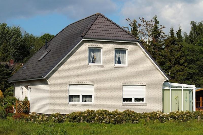Gør dit hus flot og præsentabelt med en facaderensning